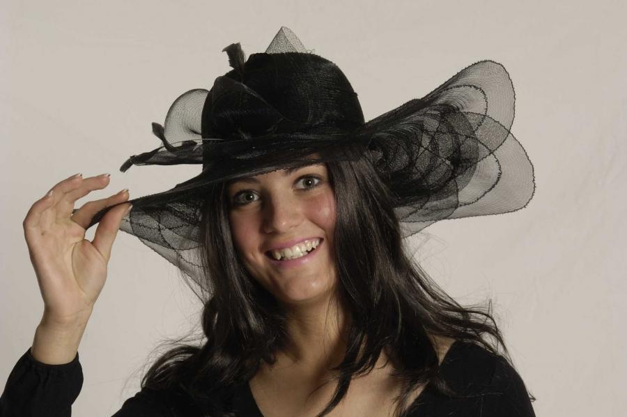 Minihut Schwarz Mit Tull Partyhut Damenhut Faschingshut Kopfbedeckung