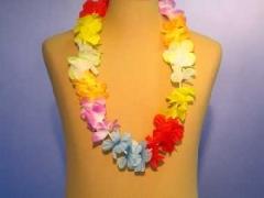 Hawaii-Kette aus Seidenblüten