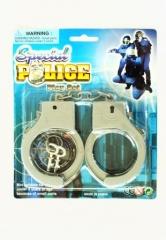 Handschellen Plastik auf Karte Polizist Fasching
