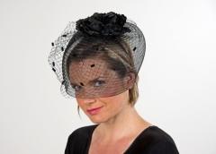 Haarreif mit Schleier und Blüte schwarz oder weiß Braut Gothicbraut