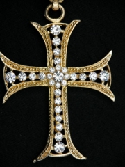 Gothic Kreuz goldfarben mit Strass